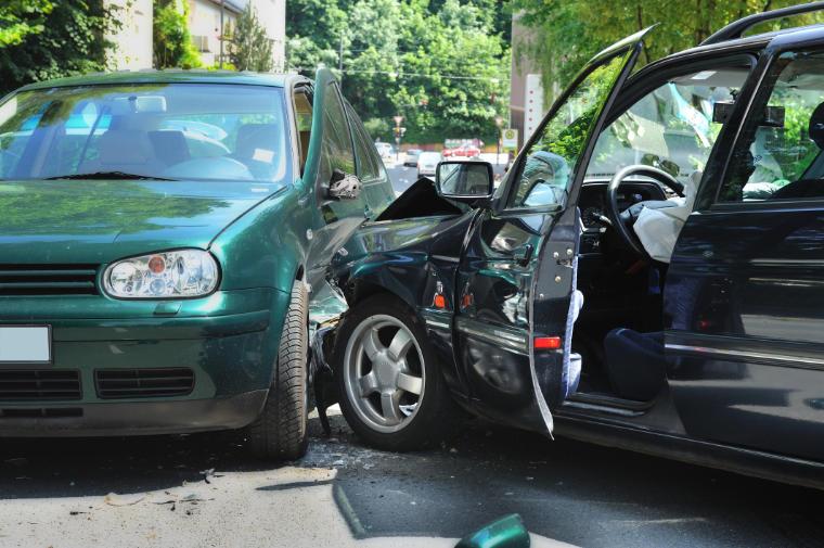 Begutachtung Autounfall - Kfz-Gutachter Jürgen Schalk, Landkreis Straubing-Bogen
